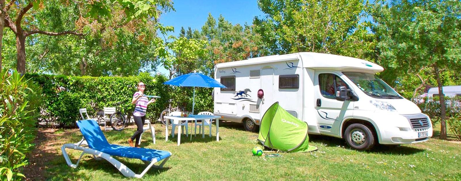 Votre emplacement de camping-car à petit prix au camping le Florida…